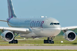 Qatar Airways A330-200 A7-ACF_1