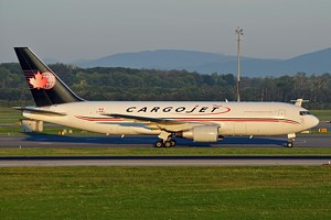 B767-200F Cargojet Airways C-FMCJ_1