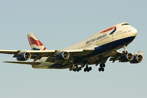 British Airways B747-400 G-BNLO_1