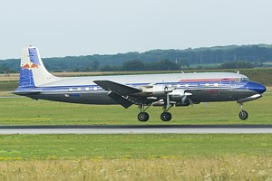 Flying Bulls DC-B N996DM_1