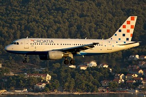 Croatia Airlines A319 9A-CTH_1