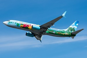 Alaska Airlines Boeing 737-800 N560AS