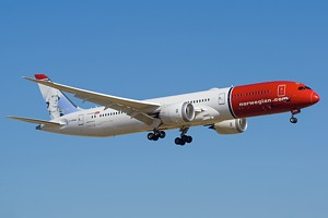 Norwegian Air Shuttle Boeing 787-9 G-CKWA