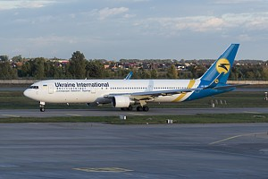 Ukraine International Airlines Boeing 767-300 UR-GEB