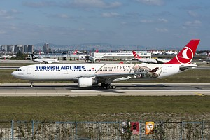 Turkish Airlines Airbus A330-300 TC-JOG