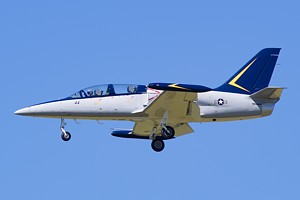 Private Aero L-39 NX44XT