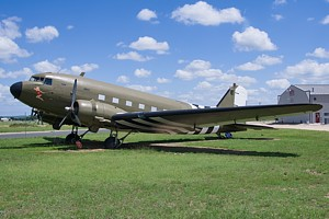 USA - Air Force Douglas DC-3 (C-47/53/117/Dakota) N8021Z