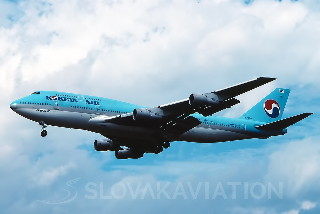 Korean Air B747-300 HL7470_1