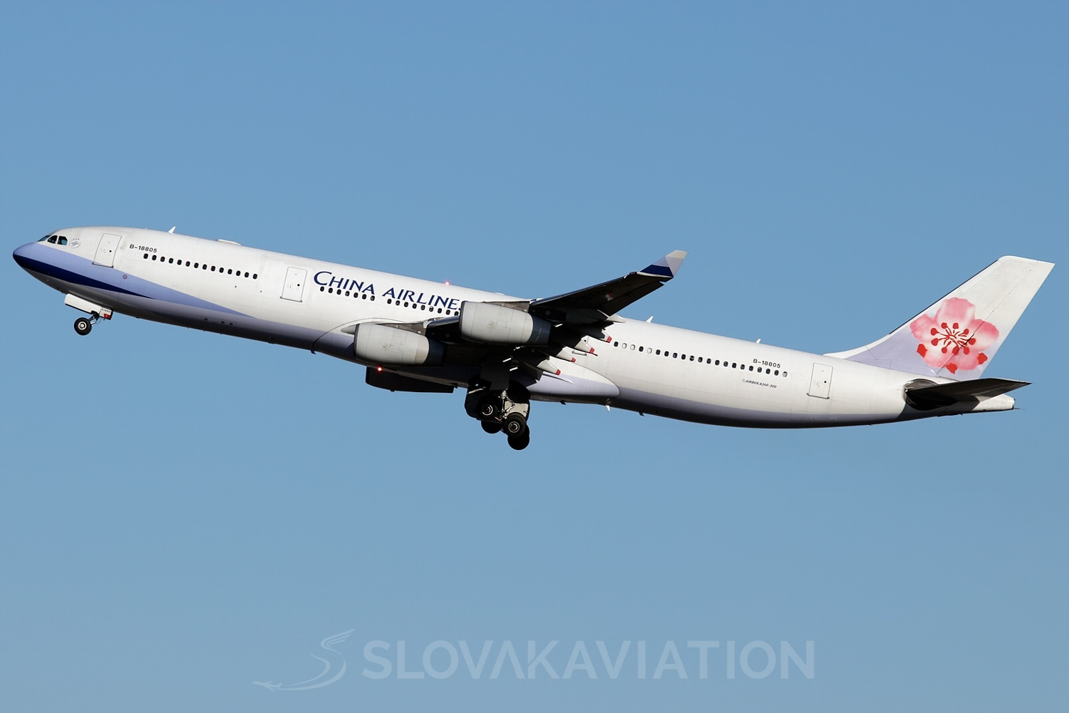 China Airlines Airbus A340-300 B-18805