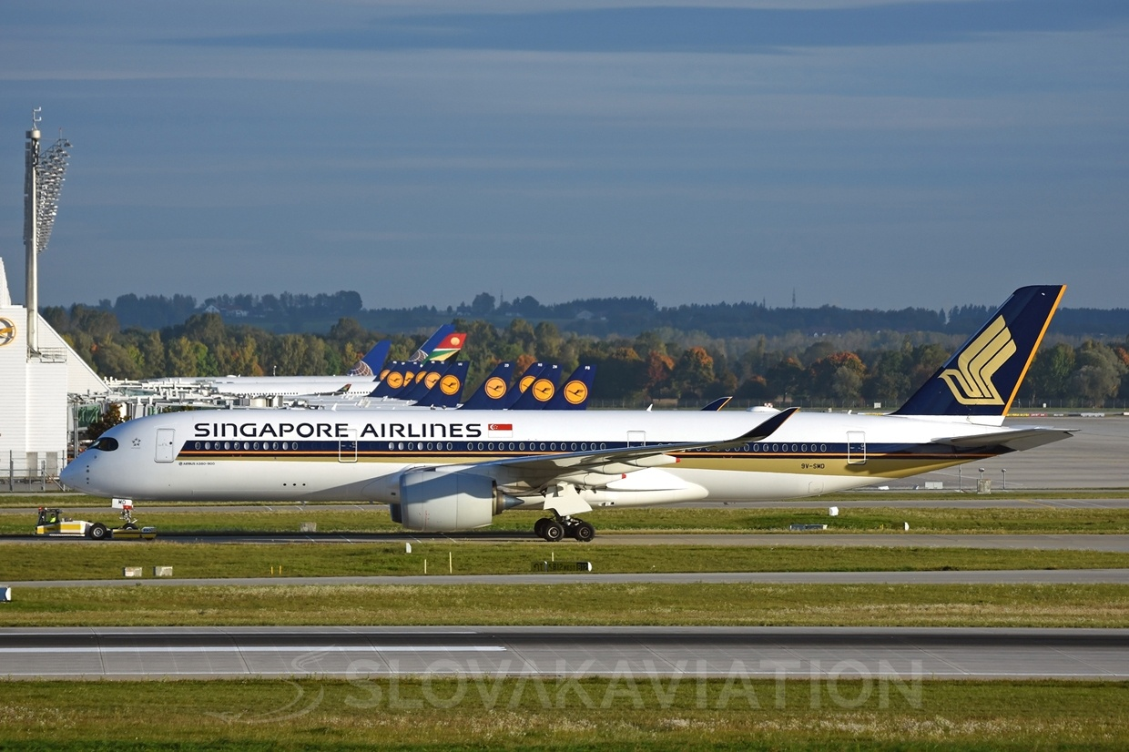 Singapore Airlines Airbus A350 9V-SMD