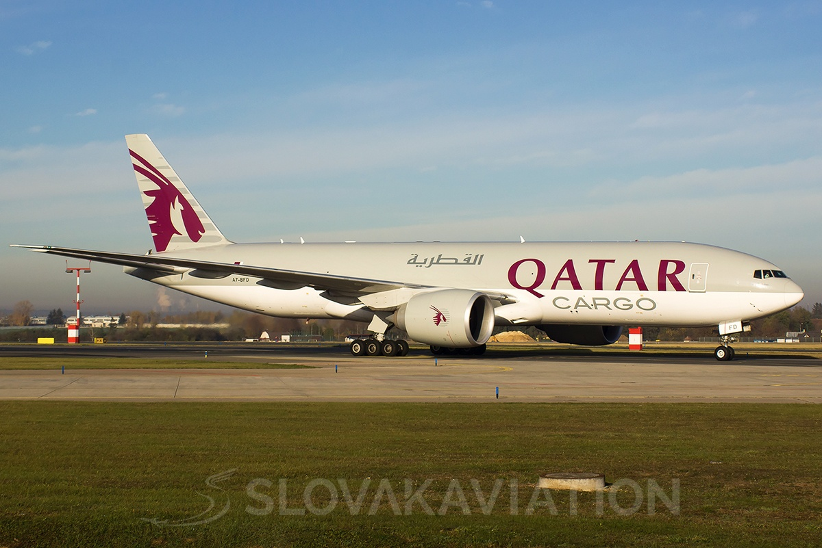 Qatar Airways Boeing 777-200 A7-BFD