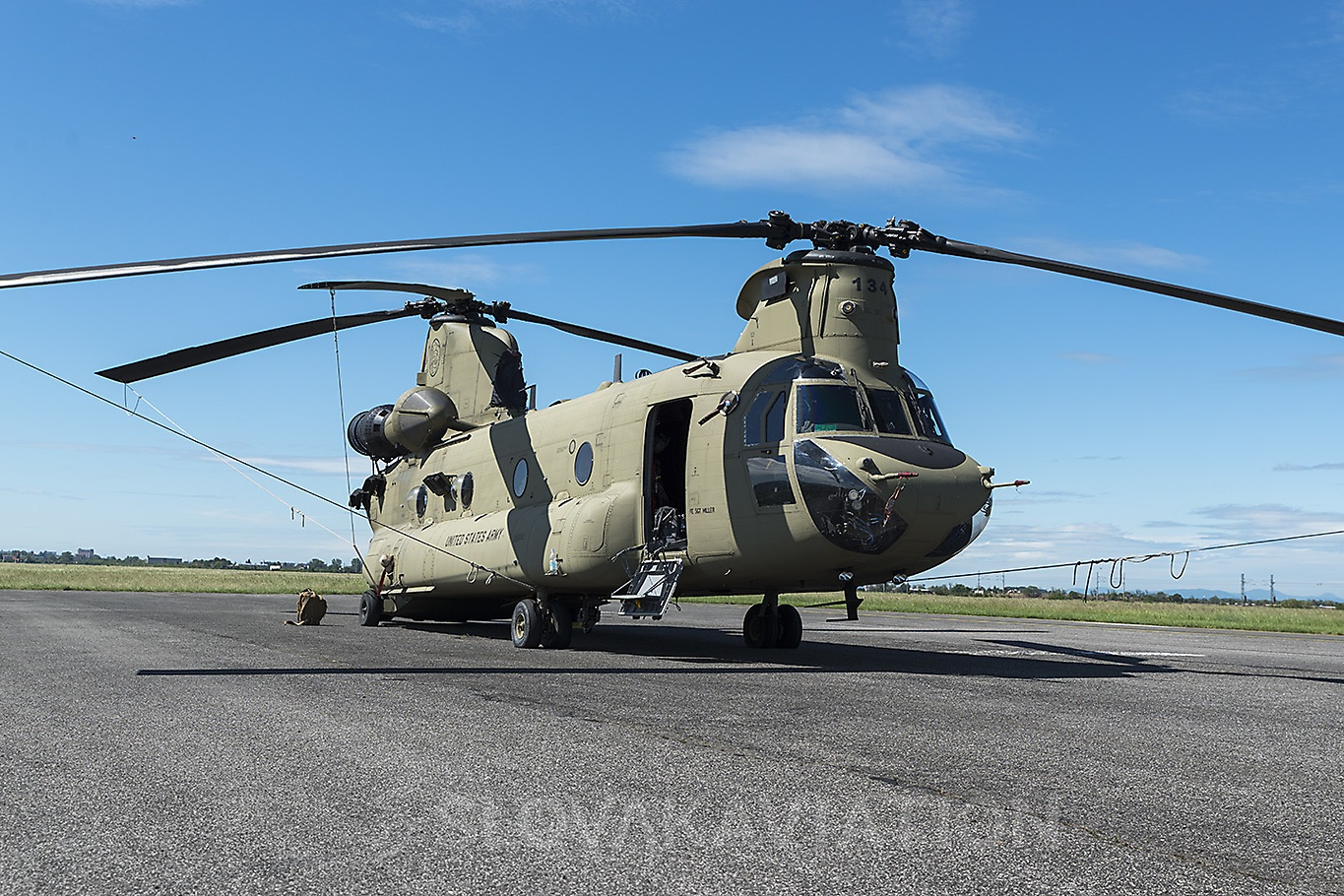 USA - Air Force Boeing CH-47 Chinook 13-08134