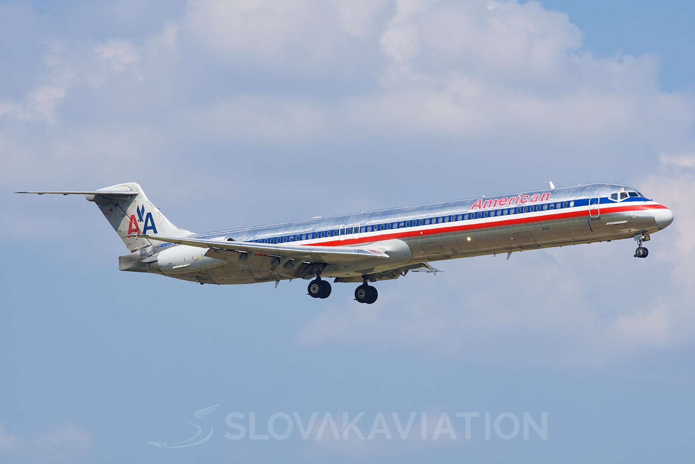 American Airlines McDonnell Douglas MD-83 N965TW