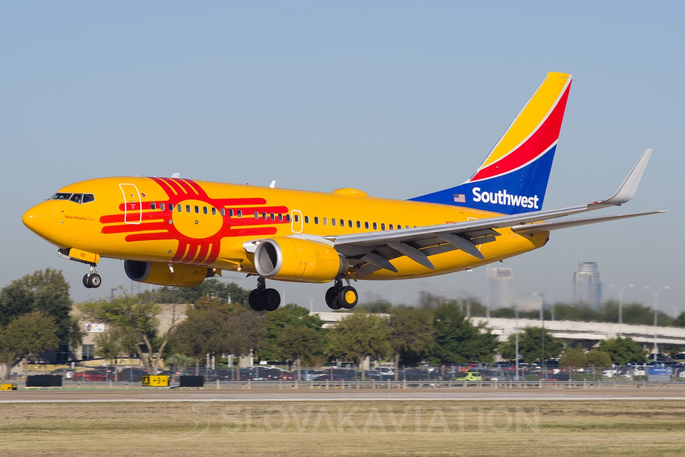 Southwest Airlines Boeing 737-700 N781WN