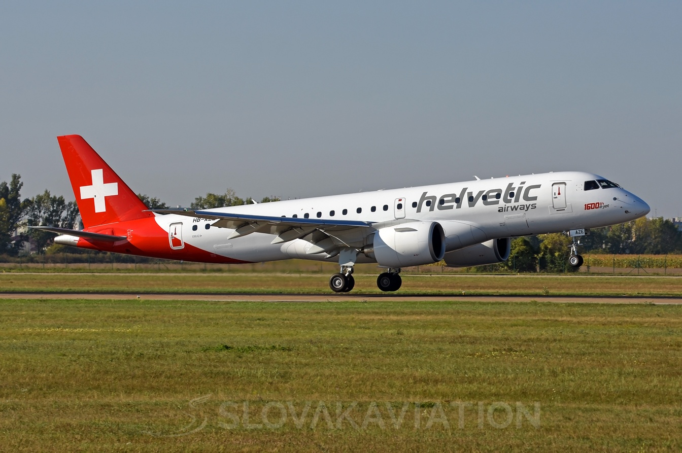 Helvetic Airways Embraer 190 E2 HB-AZE