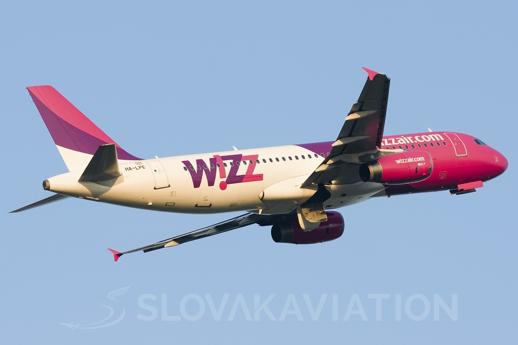 Wizz Air A320 HA-LPE_1